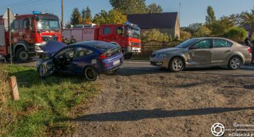 Wypadek w Ose - dwie osoby z obrażeniami