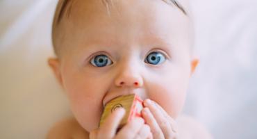 Dowiedz się jak ważną role pełnią tłuszcze w diecie dzieci i które z tłuszczy dają najwięcej korzyść