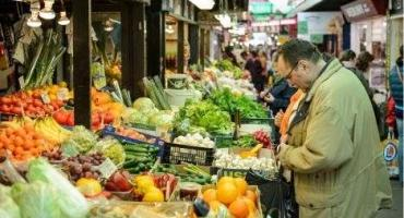 Ogromne różnice w cenach owoców i warzyw. Mieszkańcy zachodnich województw płacą więcej