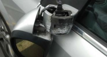 Pijany zniszczył zaparkowane pojazdy