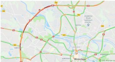 Ślisko na drogach. Kilkadziesiąt wypadków i kolizji we Wrocławiu i okolicach