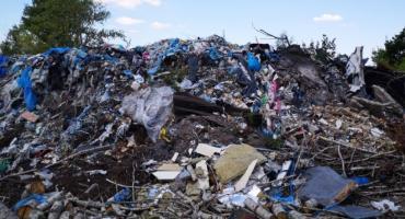 Nielegalne składowisko odpadów