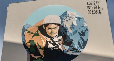Mural z Wandą Rutkiewicz odsłonięty