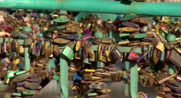 Kłódki muszą zniknąć. Wrocławski most Tumski przejdzie remont