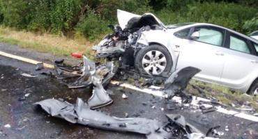 Zderzenie dwóch samochodów pod Mirosławicami
