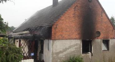 W Rakowie płonął budynek mieszkalny