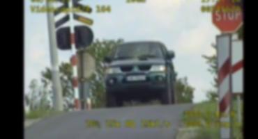 5 osób zginęło na przejeździe kolejowym, a kierujący nadal ignorują znak STOP