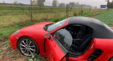 Porsche wypadło z drogi na autostradzie A4