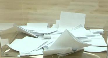 Lokale wyborcze otwarte. Wybieramy posłów i senatorów