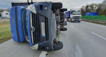 Na autostradzie A4 przewrócił się bus. Kierowca pijany.
