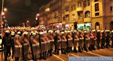Pierwsze 6 osób usłyszało zarzuty w związku z naruszeniem prawa podczas wrocławskiego marszu niepodległości