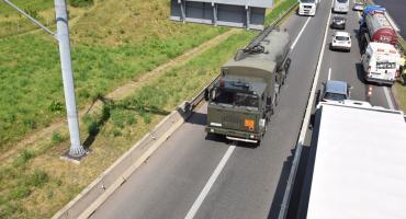 Mężczyzna skoczył z wiaduktu przechodzącego nad autostradą A4