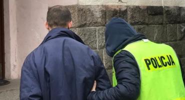 Usiłował wysadzić dom pokrzywdzonej, został zatrzymany przez policjantów