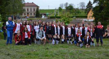 7 miejsce zawodniczek UKS Gepard Wierzbica na turnieju w Czechach