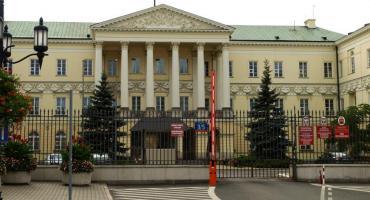 Rada Warszawy wezwana do usunięcia naruszenia prawa
