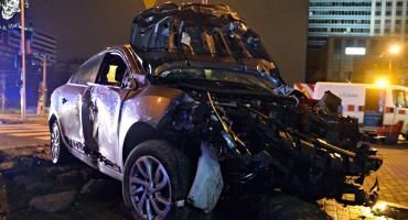 Pijany złodziej spowodował wypadek skradzionym autem [ZDJĘCIA]