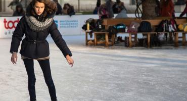 Rusz się Warszawo po świętach - lodowiska i pływalnie do końca roku bezpłatne