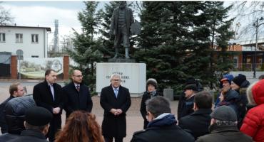 Komitety ruszają ze zbiórką podpisów. Czarnecki inauguruje zbiórkę w Grodzisku