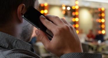 Od dziś rozmowy i SMS-y zagraniczne będą tańsze
