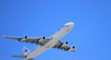 Okęcie: awaryjne lądowanie
