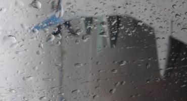Przez deszcz zapadła się ziemia