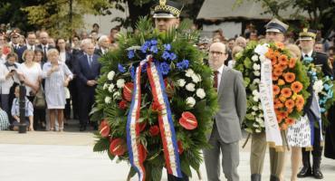 Ceremonia przy pomniku AK [ZDJĘCIA]