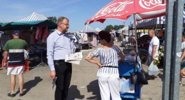 Zainteresowanie Bepartyjnymi i Samorządowcami coraz większe. Dziś zbierali podpisy w Płońsku...