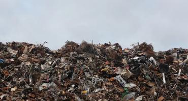 Cięcia w inwestycjach i ogromna podwyżka opłat za śmieci