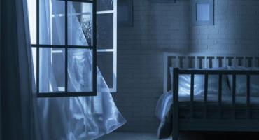 Czy w upalne dni warto otwierać okna?