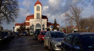 Parking przed otwockim dworcem PKP w lipcu zamknięty