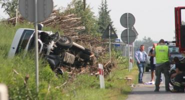 Wypadek busa na DK17