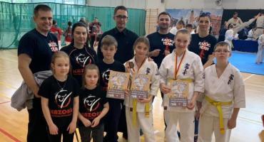 Złoto i dwa brązy dla Kazoku na Mistrzostwach Mazowsza w Karate Kyokushin
