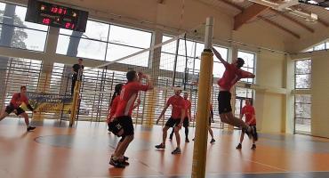 IV kolejka III Amatorskiej Ligi Siatkówki w Celestynowie
