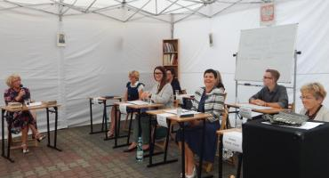Lekcja języka polskiego, czyli Narodowe Czytanie w MBP w Otwocku