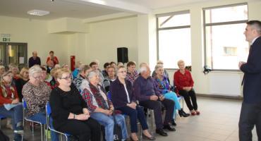 Indeksy dla seniorów z koncertem