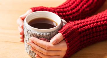 Herbata vs. zima – przepisy na rozgrzewającą herbatę!