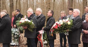 Pamięci Adasia Rzewuskiego - uroczystość w lesie lekowskim