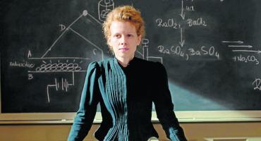 Projekcja filmu Maria Skłodowska-Curie i spotkanie z aktorką Karoliną Gruszką w PCKiSz