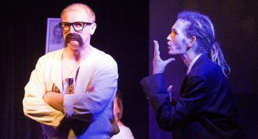 Teatr Exodus wznawia przedstawienie Jan Maciej Karol Wścieklica. Można je obejrzeć w Ciechanowie