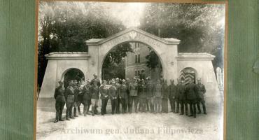 W szkole STO zaprezentują nieznane fotografie Ciechanowa