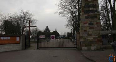 Wasze Info: Uważajcie na cmentarzu! Próbował wyrwać kobiecie torebkę