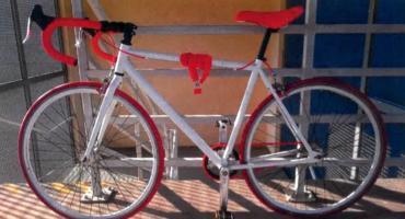[AKTUALIZACJA] Ciechanowska policja szuka sprawcy kradzieży roweru