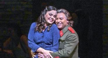 The Metropolitan Opera w Nowym Jorku w Małym Kinie Łydynia