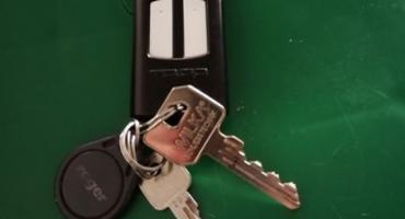 Wasze Info: W Ciechanowie znaleziono klucze z pilotem