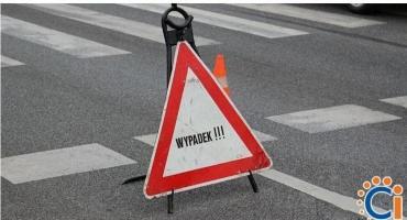 Z ostatniej chwili: Wypadek z udziałem 4 pojazdów na krajówce