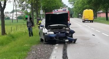 Kierował bez uprawnień, spowodował wypadek na krajówce [zdjęcia]
