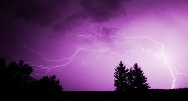 Uwaga! Nad powiat ciechanowski nadciągają gwałtowne burze