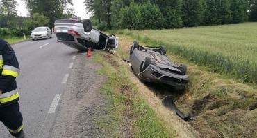 Z ostatniej chwili: Dwa pojazdy dachowały na drodze Ciechanów-Płońsk [zdjęcia]