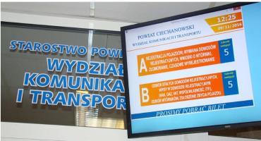 Kolejka do Wydziału Komunikacji i Transportu w Ciechanowie? Jej stan sprawdzisz z domu!