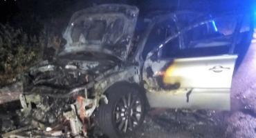 Renault zapaliło się w czasie jazdy [zdjęcia]